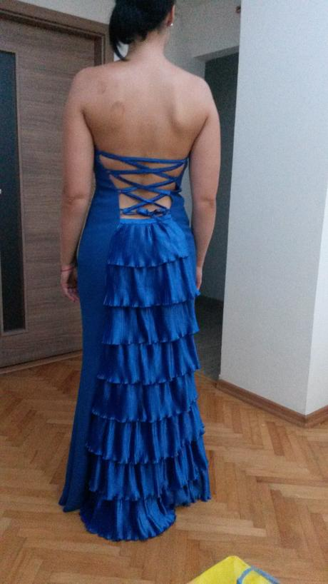 Kráľovsko modré šaty s rybím chvostom, 38