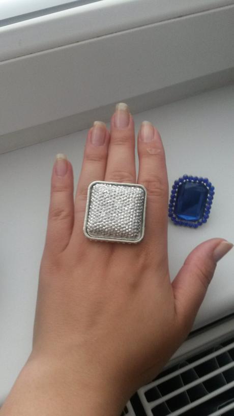 Strieborny prsteň,