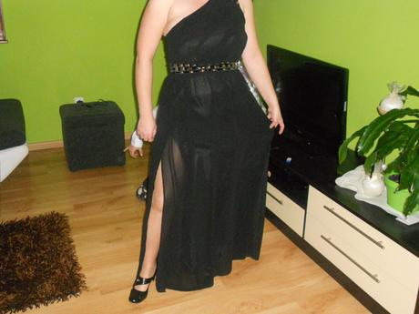 Plesové šaty, 42