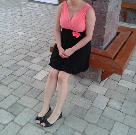 Lososovo cierne saty, 40