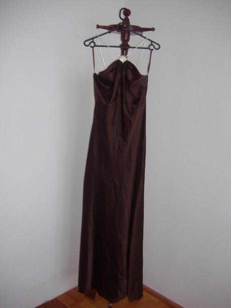 Čokoládové saténové šaty na predaj, 38
