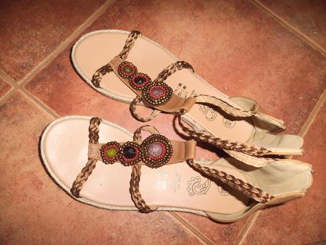 Sandálky, 39