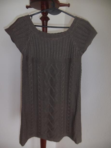 Vlnené šaty Amisu, M