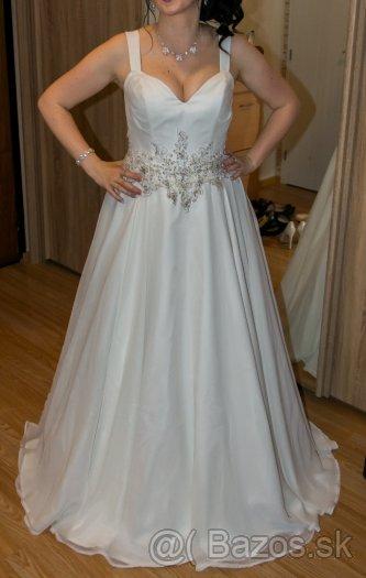6f31a78b7974 jednoduché ale pekné svadobné šaty