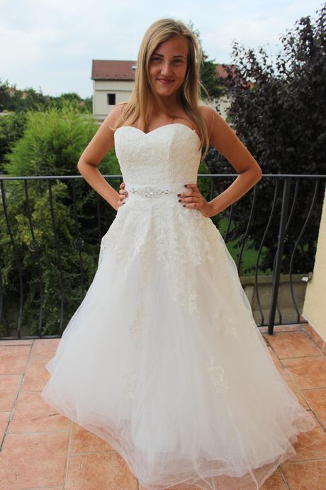 Čipkové svadobné šaty-nové, 38