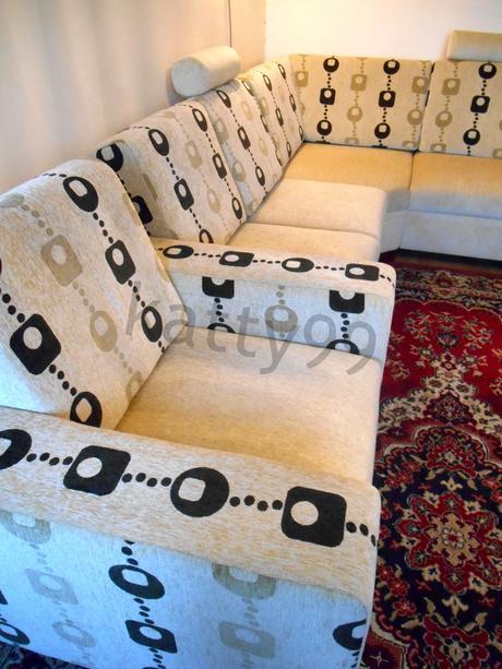 Rohová sedačka s úložným priestorom a kreslom,