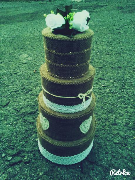 Jutova vintage svadobna torta,