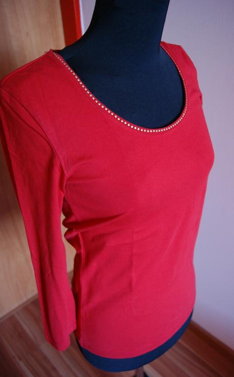 červené tričko, S