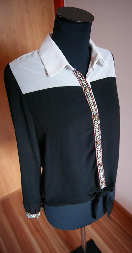 čierno biela košeľa, M