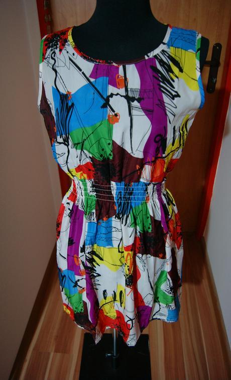Farebné šaty, M