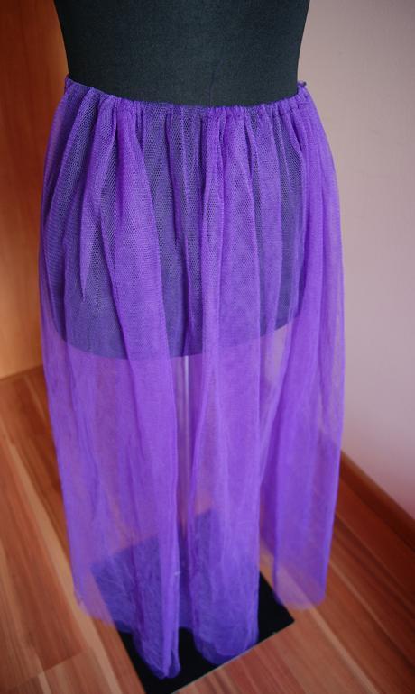 Fialovy vrch na sukňu, 38