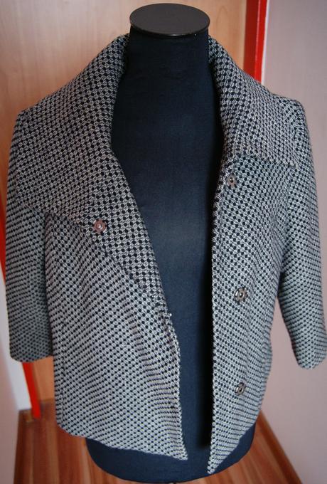 Kratší kabátik, 38