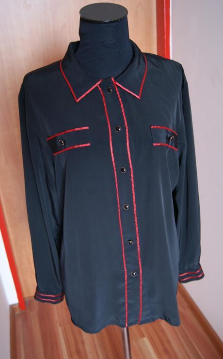 Saténová košeľa, 40