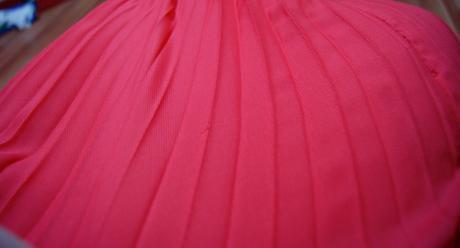 Volánikové šaty, 38