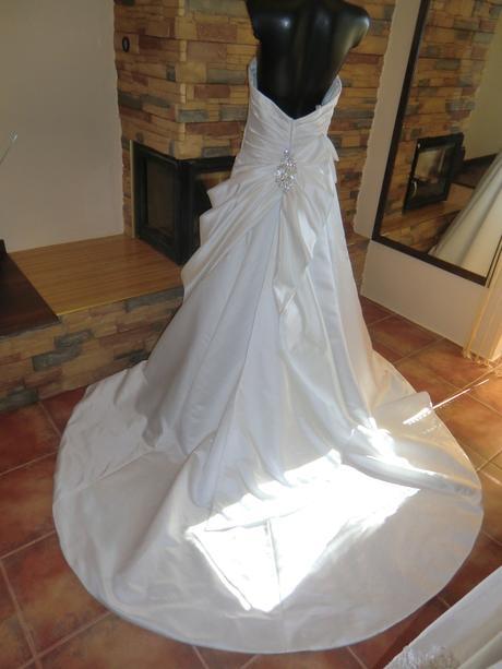 +svatební šaty, 42