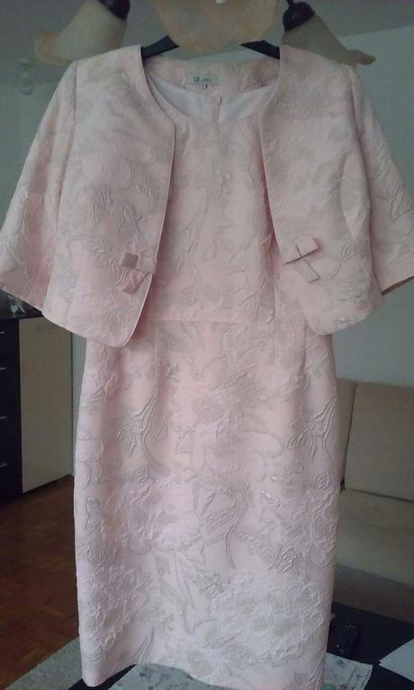 Spoločenské šaty s kabátikom, 40