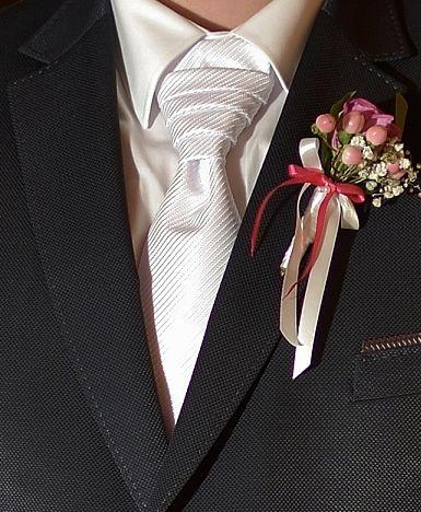 Svatební kravata - regata s kapesníčkem,
