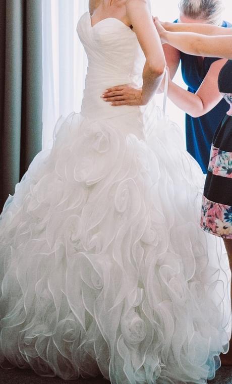 Luxusné svadobné šaty Allure Bridal , 38