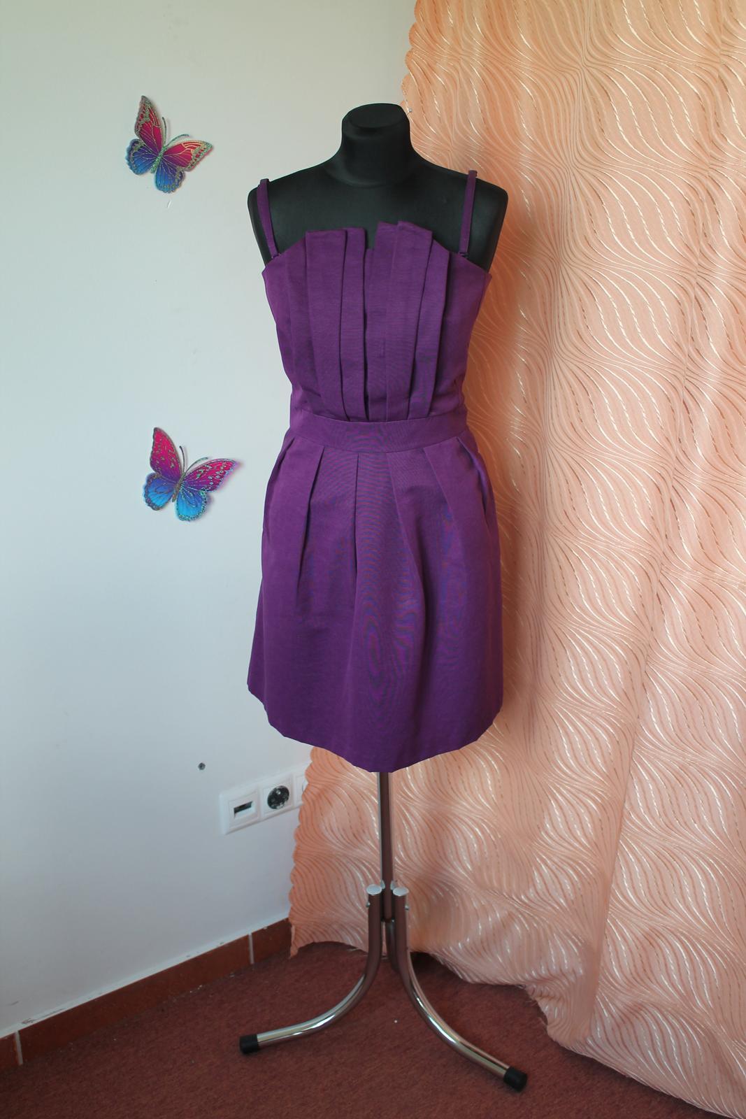 37dc9d31befb Fialkové šaty