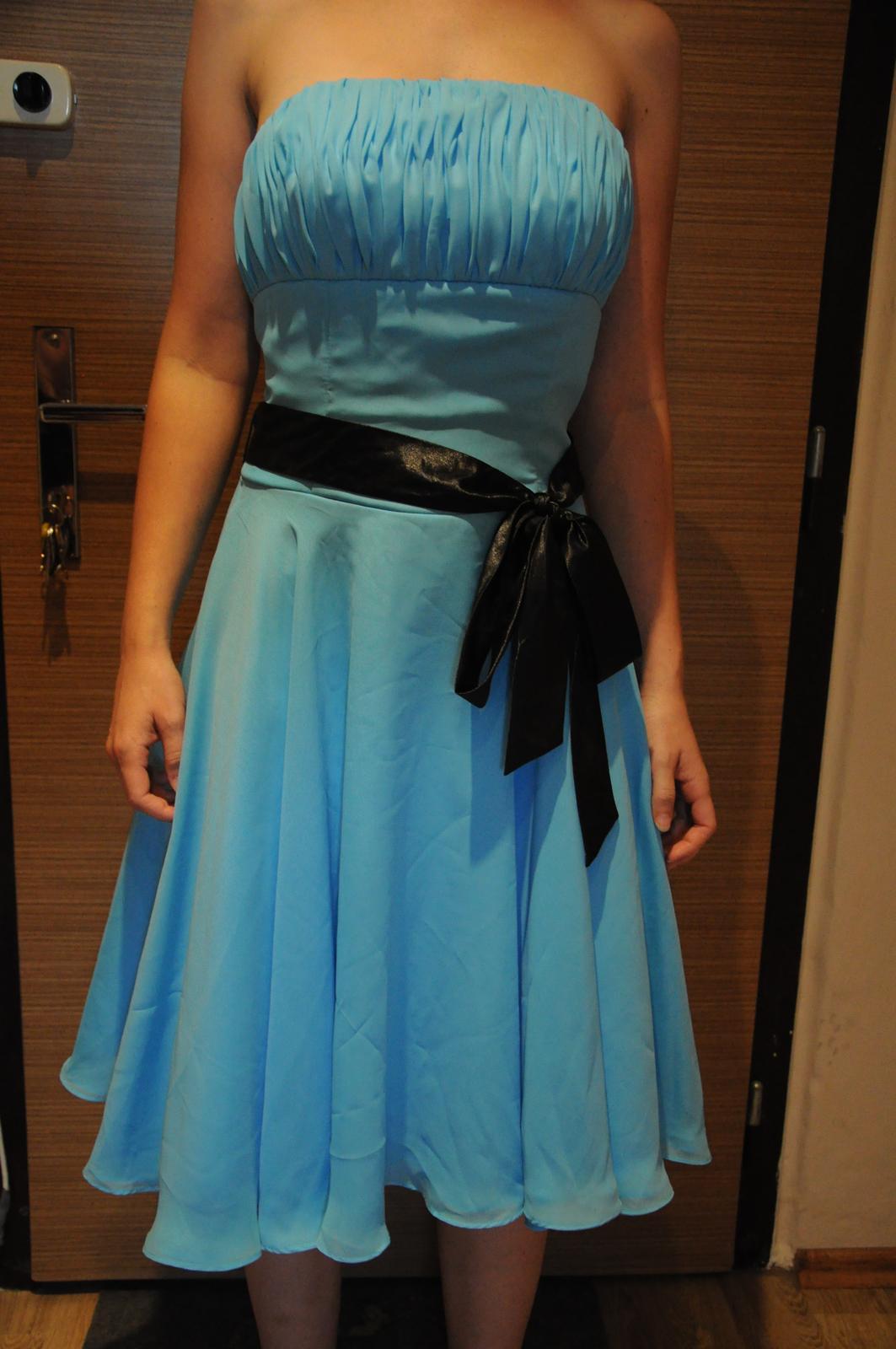 d96fe8c2894 Modré popůlnoční společenské šaty vel.s
