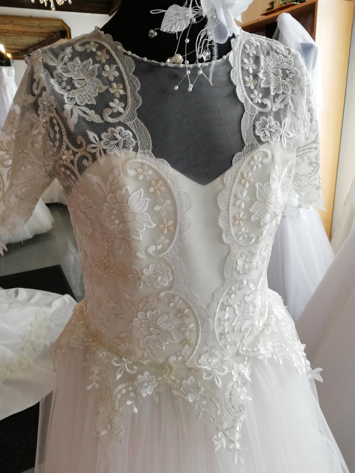 Luxusne dievčenske šaty veľ.158 7b16ef0b45e