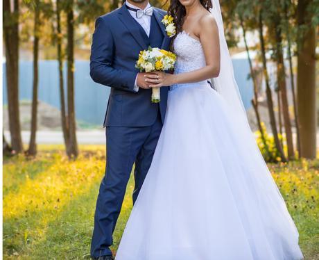 Svadobné šaty korzet ručne šité perličky, 38