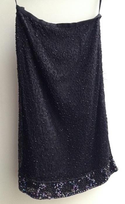 Černá sukně pošita korálky, 38