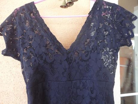 Čipkované šaty, 40