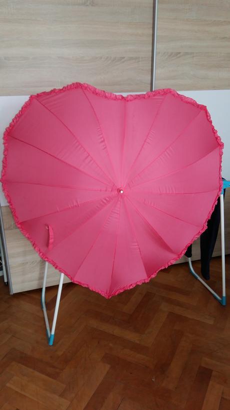Srdiečkový dáždnik ,