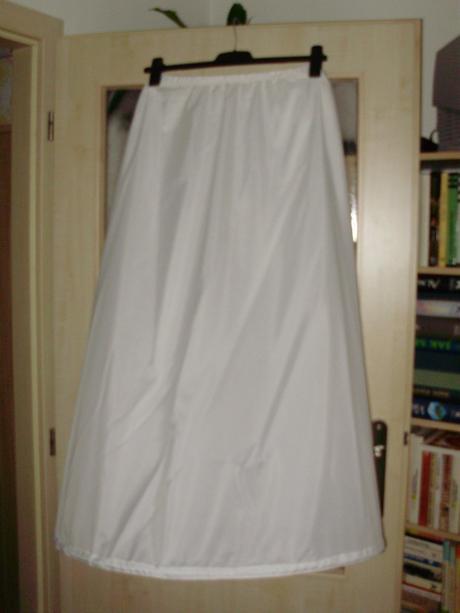 Jednokruhová spodnice,