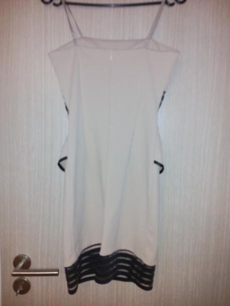 Krátke šaty , 36