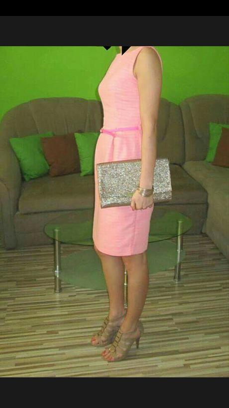 Puzdrové šaty, 34