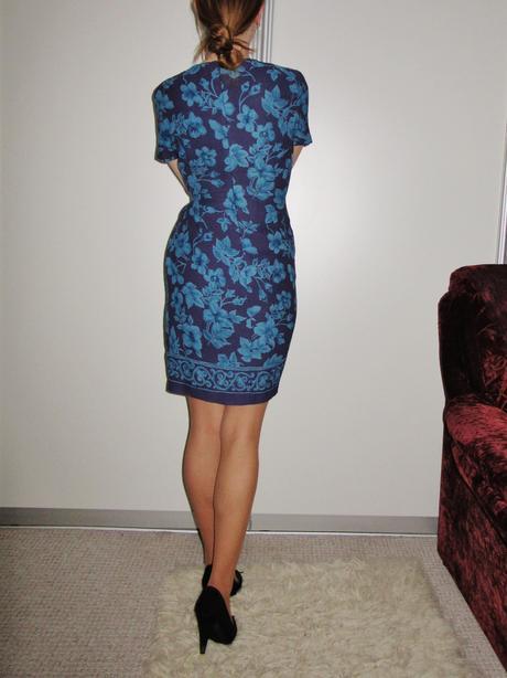 Nádherné zavinovacie šaty - uni veľkosť , S
