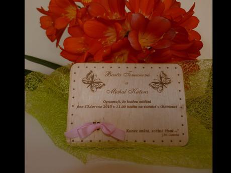 dřevěné svatební oznámení ,