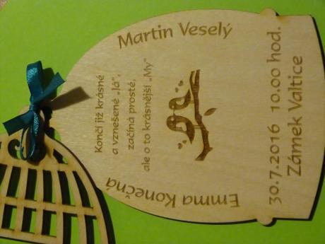 Jedinečné dřevěné svatební oznámení,
