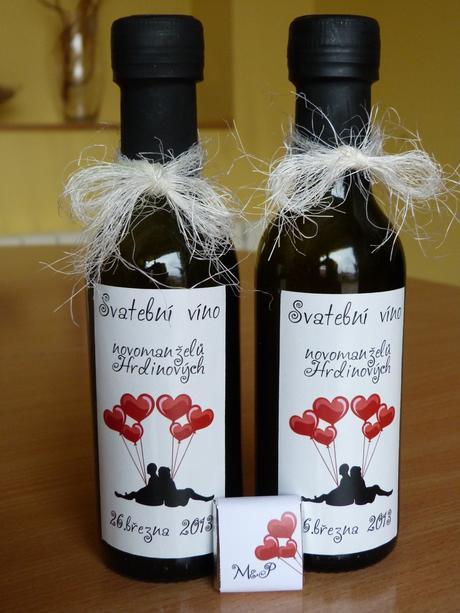 Minivína, vína, belgické čokoládky ,