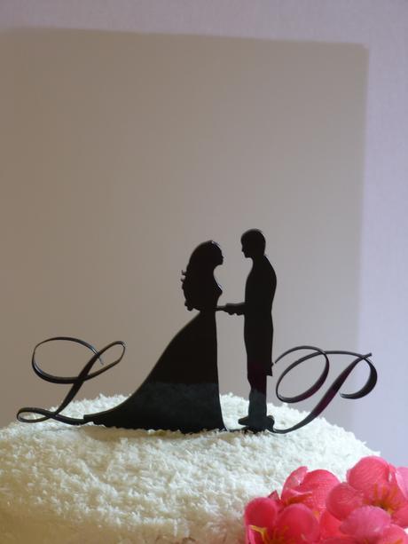 Originální ozdoby do svatebních dortů - na přání,