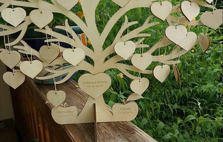 Strom lásky se srdíčky pro vzkazy od Vašich přátel,