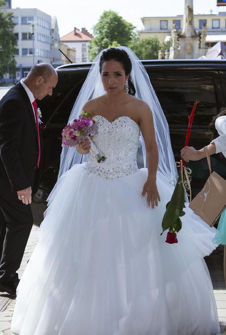 Princeznovské svadobné šaty šité na mieru, 38