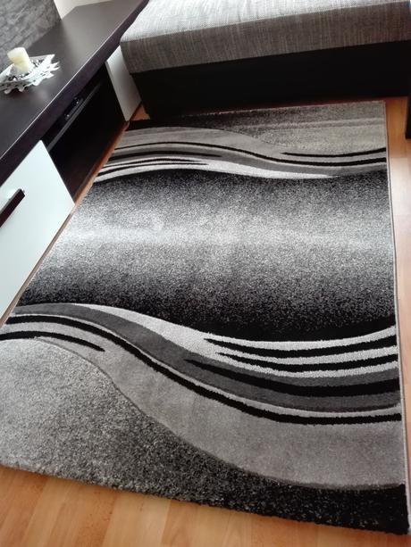 Luxusný moderny koberec 120x170cm-nepouzivany,