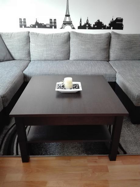Moderný konferenčny stolik do obývačky-nepouzivany,