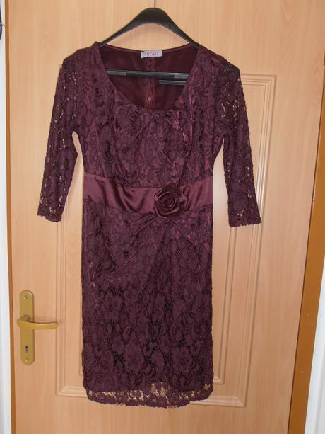 Čipkované bordové spoločenské šaty - vrátane pošty, 40