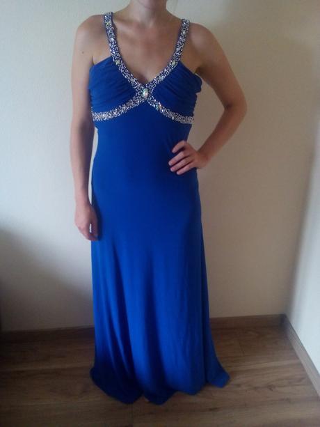 šaty kráľovskej modrej farby, 42