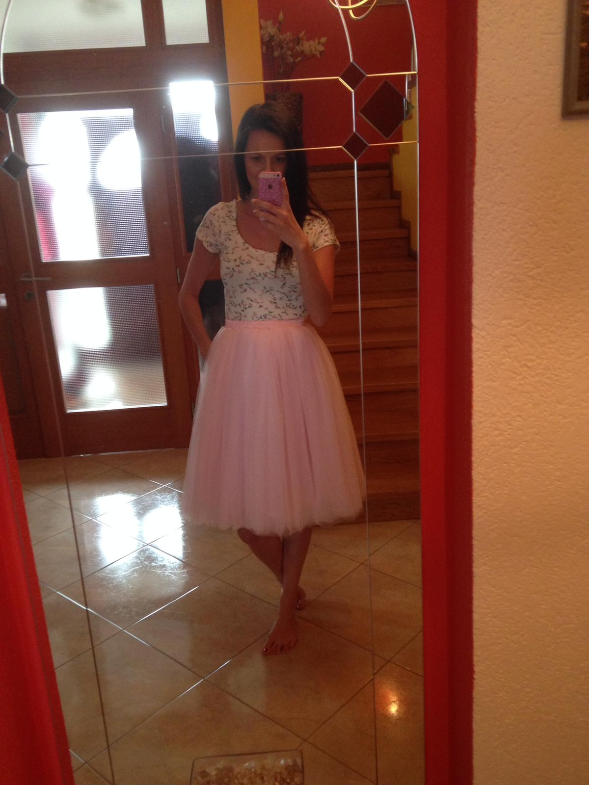 34e74ea29519 Světle růžová tutu sukně miabella