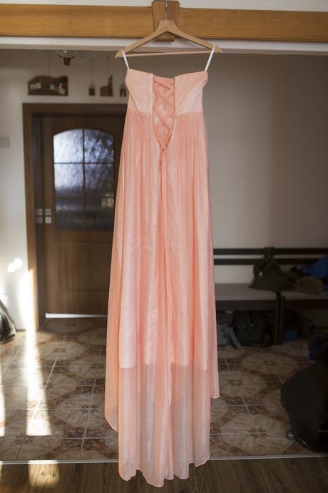Dlhé marhuľovo-ružové šaty,