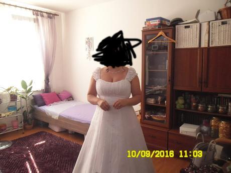 Princeznovské svatební šaty, 44