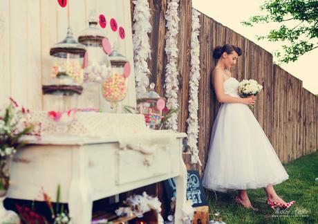 Kratke svadobne saty, 34