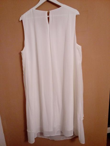 Popůlnoční šaty,
