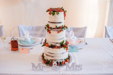 Písmena Mr. & Mrs.,