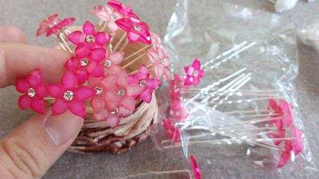 růžové vlásenky květy,